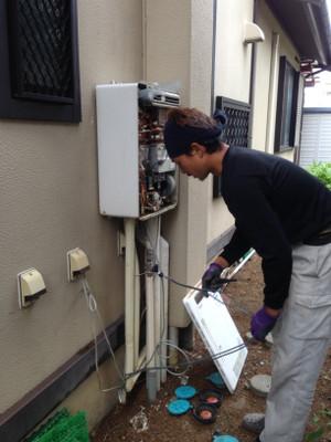 給湯器取替工事 長野市豊野町でガス給湯器取替工事
